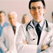 В сентябре омские подростки пойдут к врачам