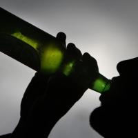 Придомовым магазинам запретят продавать крепкий алкоголь