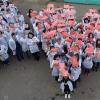 В преддверии Дня сердца студенты медицинского колледжа организовали флешмоб в Омске