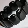 Оздоровительный браслет из черного нефрита